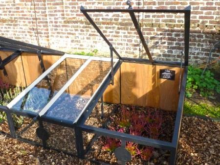miniature greenhouse DBG Classics homepage